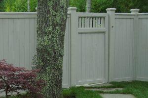 Wood & AZEK Gates #18