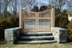 Wood & AZEK Gates #17