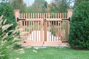 Wood & AZEK Gates #16